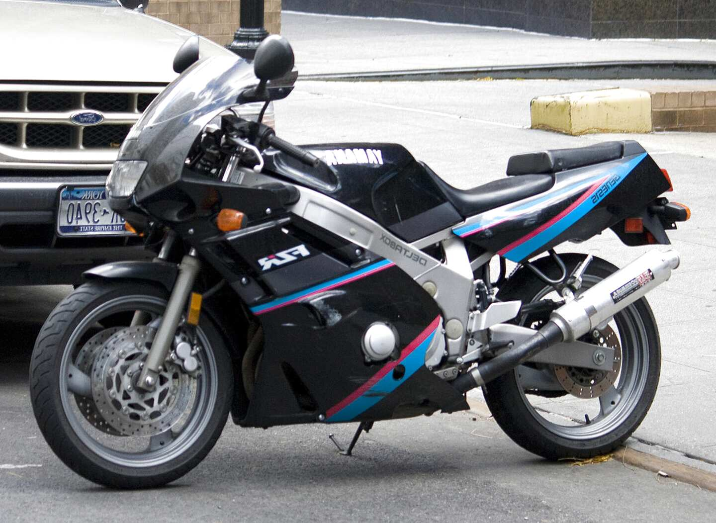 fzr 600 3he for sale