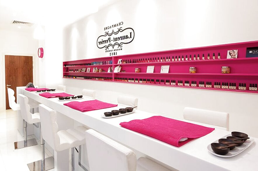 nail bar for sale