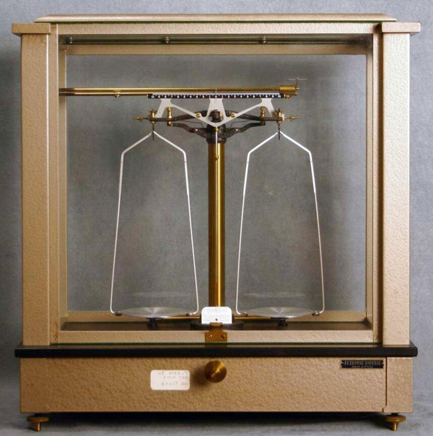laboratory balance for sale