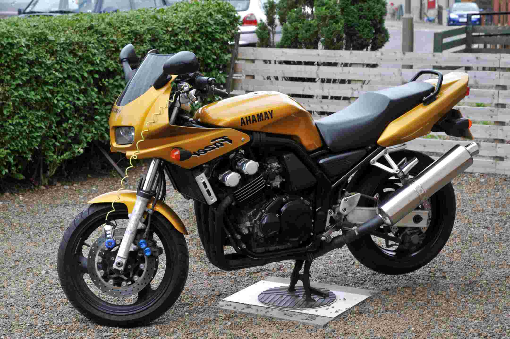 yamaha fazer fzs 600 motorcycle for sale