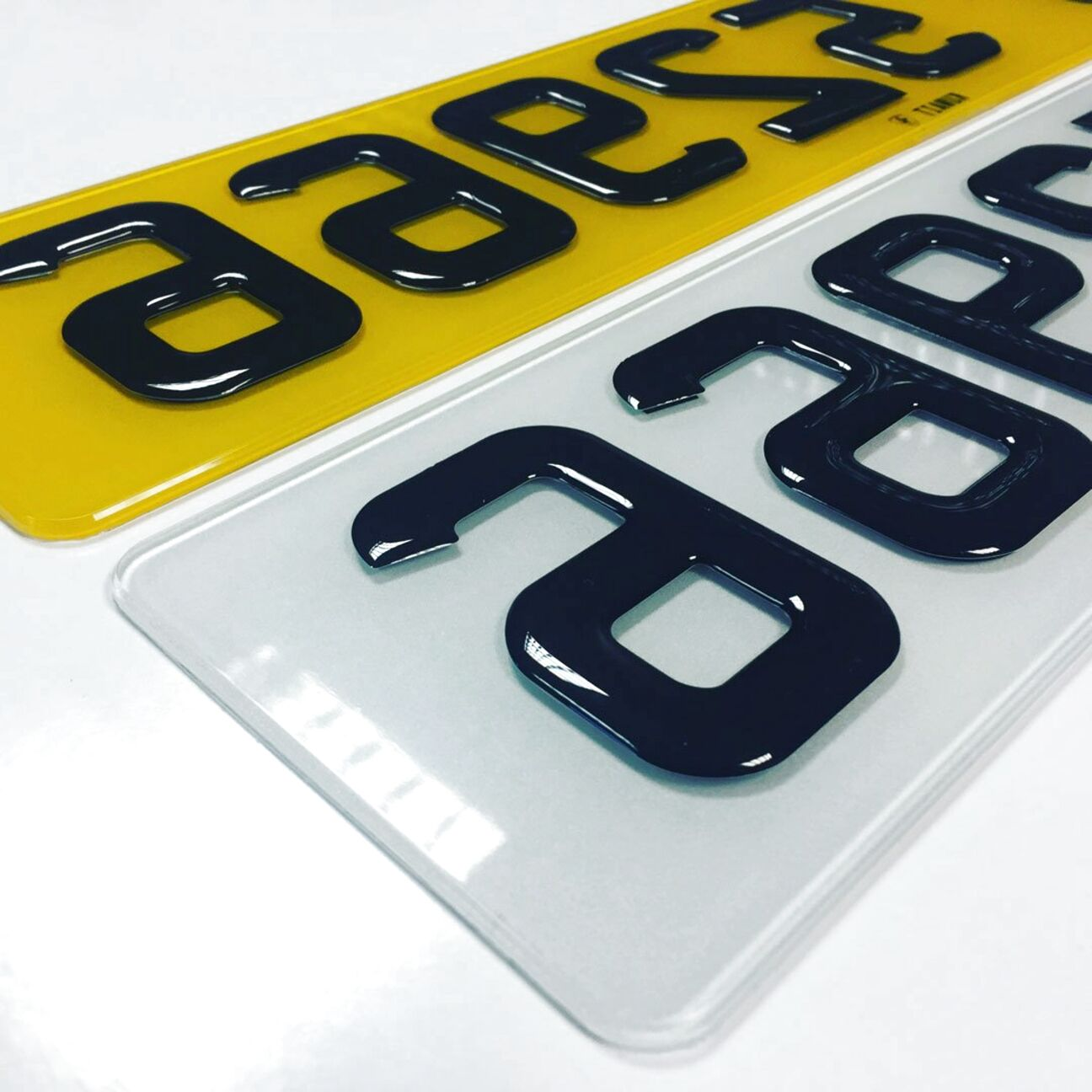Front /& Rear PAIR 3D SHOW PLATES Black Gel Domed