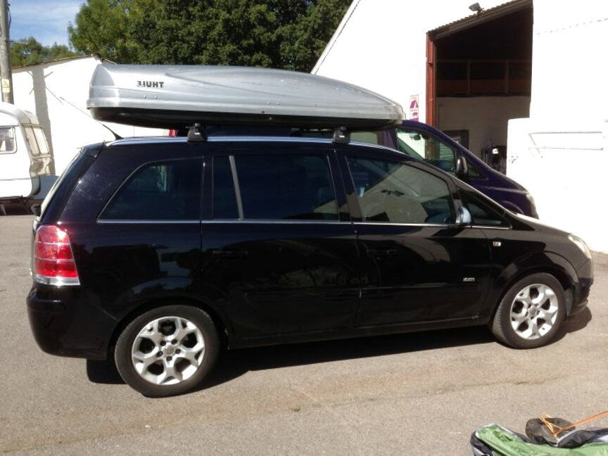zafira roof box for sale