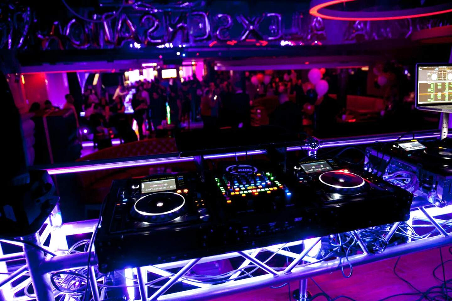 dj booth for sale