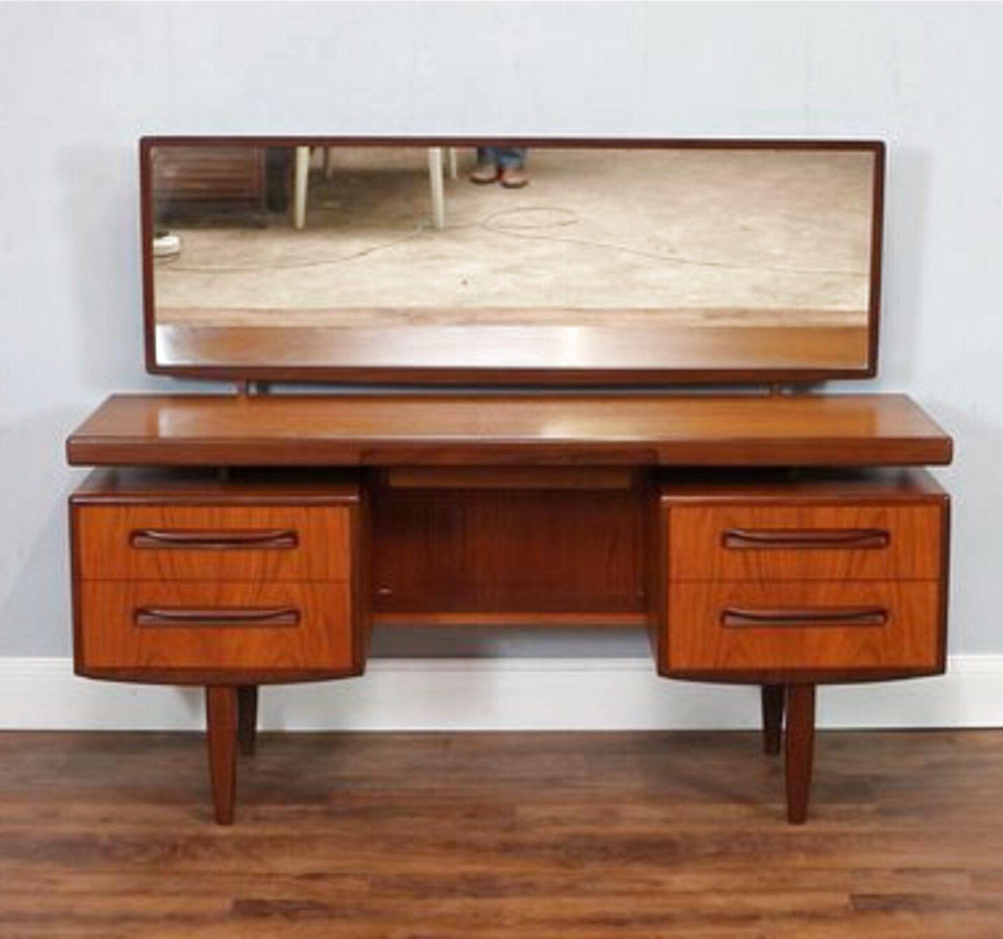 g plan desk for sale