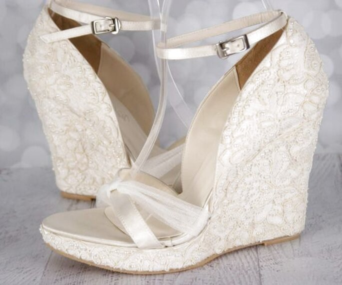 LYDC Light Gold Gem Diamante Wedding Bridal Wedding Bridesmaid Shoes Court