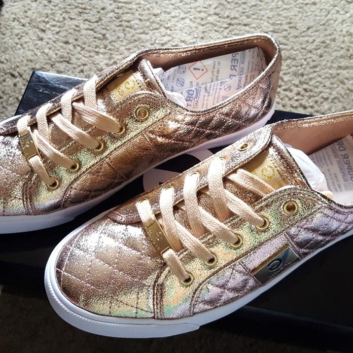 guess shoes 4 for sale