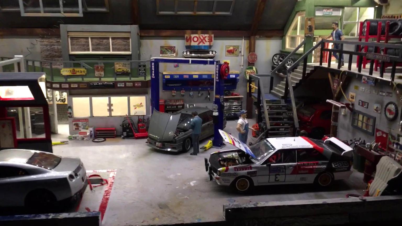 1 18 diorama for sale