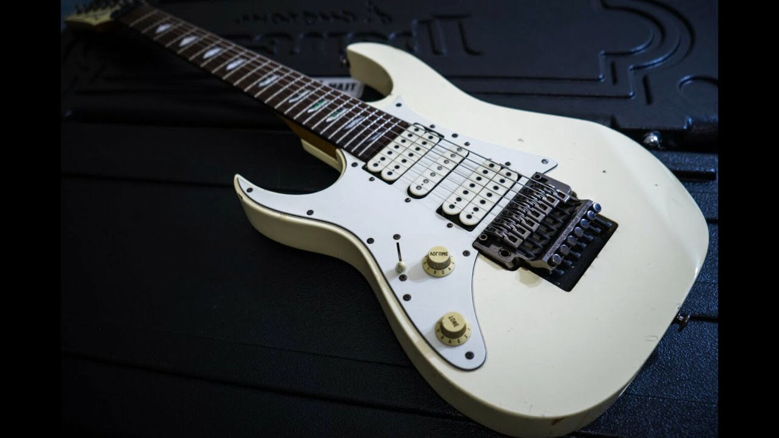 ibanez universe for sale