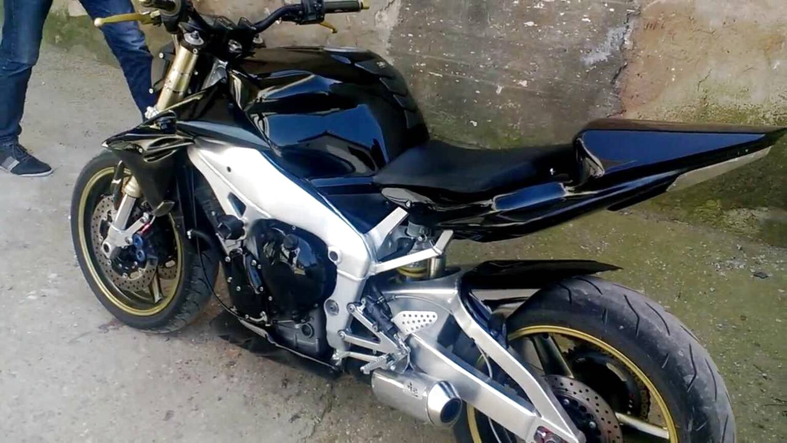 r1 streetfighter for sale