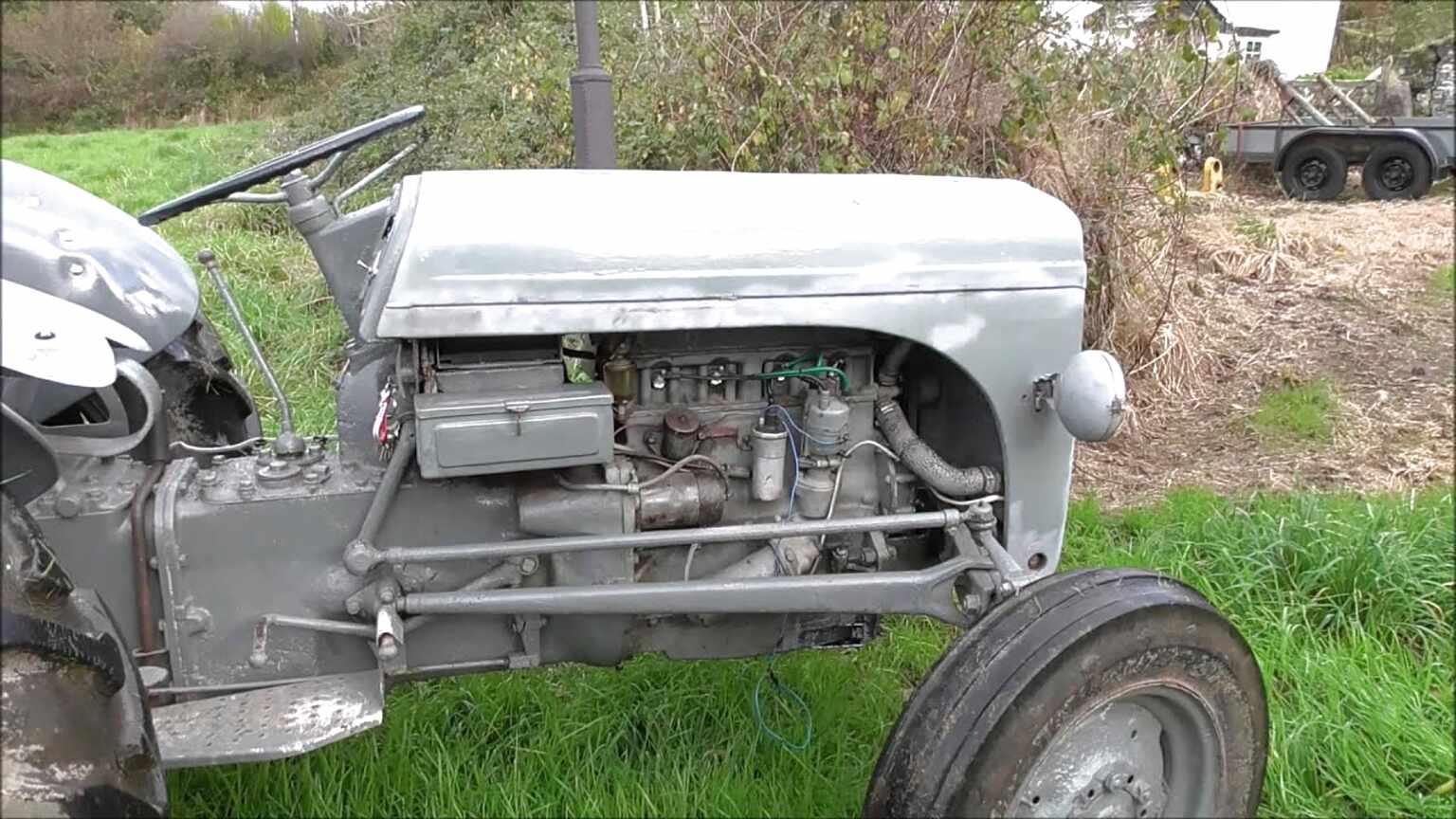 APUK 2x Bonnet Runner Rod fits Massey Ferguson FF30 TE 20 TE20 TEA20 TED20 TEF20 Tractor