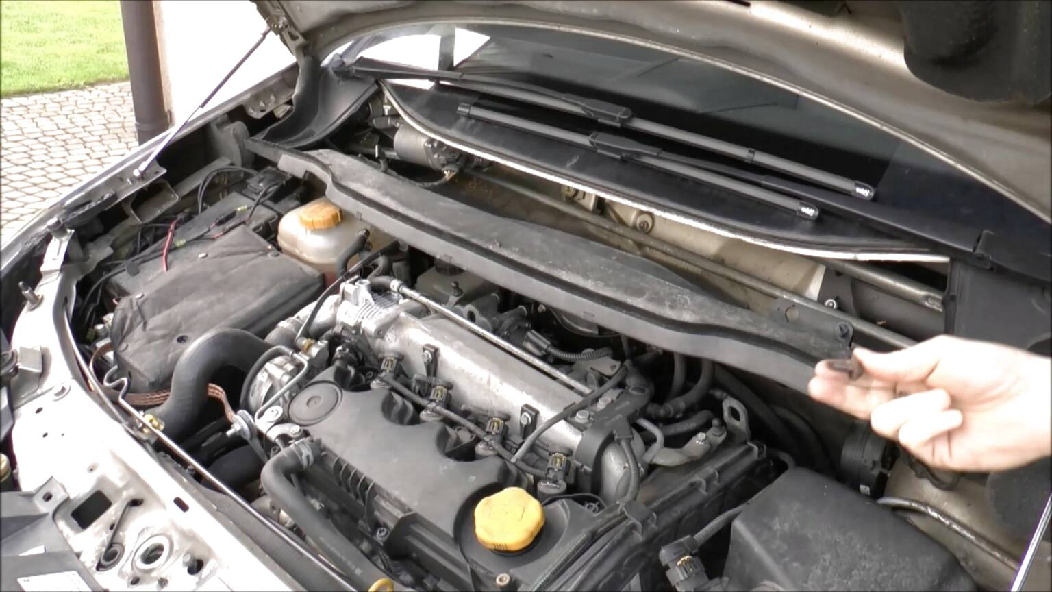 vauxhall astra h radiator for sale