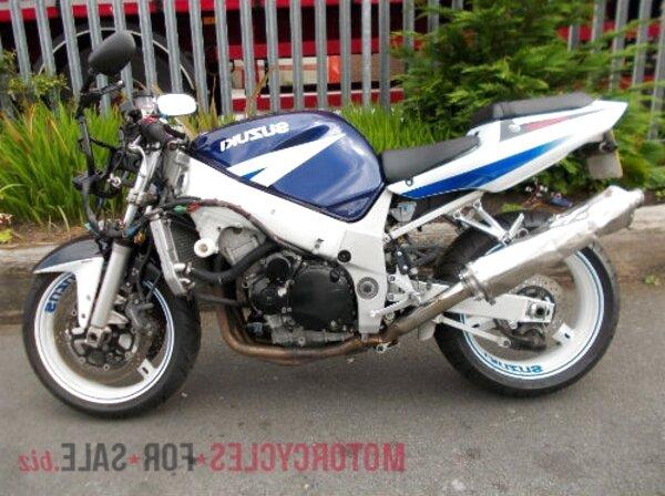 gsxr 600 k2 breaking for sale