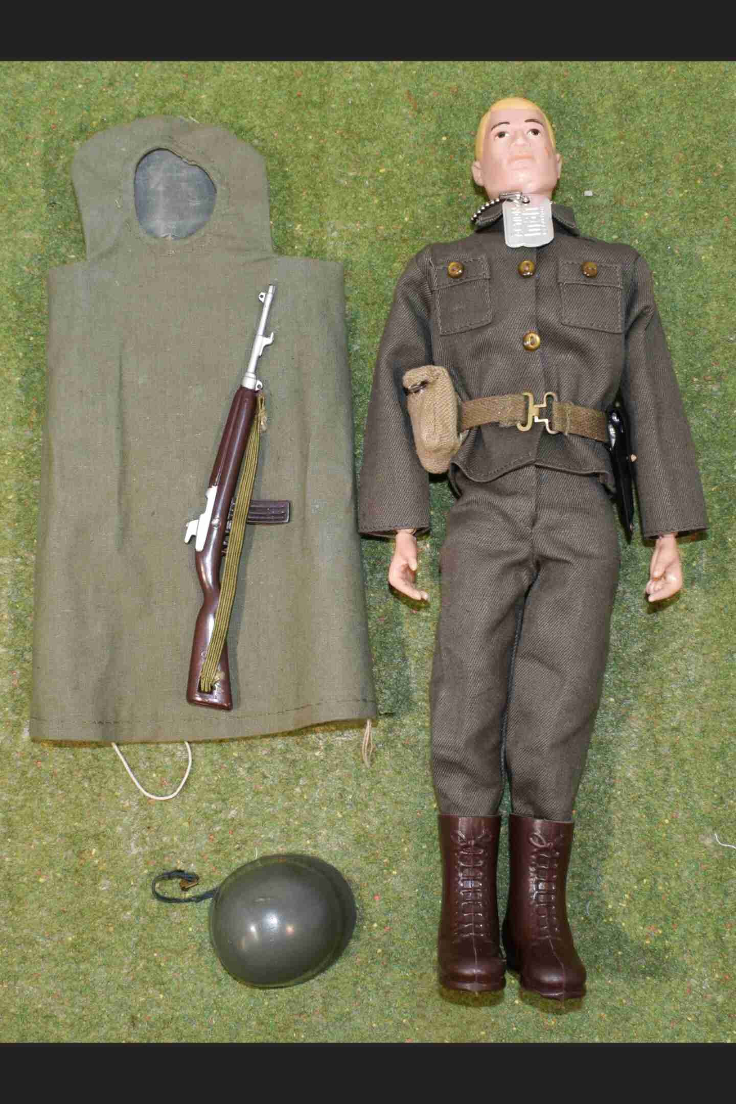 VINTAGE ACTION MAN 40th ACTION SOLDIER LOOSE GRENADIER GUARD SHEATH ONLY